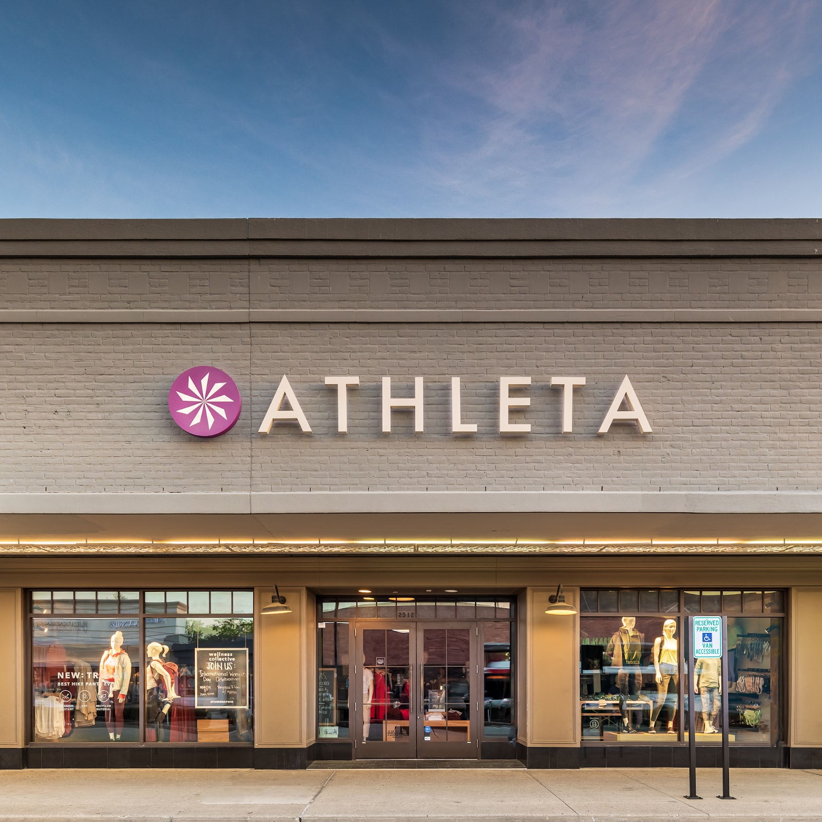 athleta houston